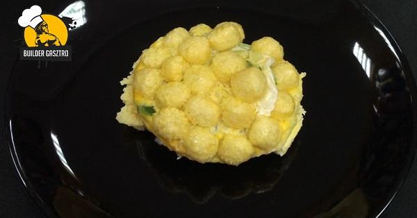 Karfiolnak álcázott tojás-felfújt